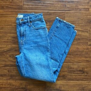Madewell tall classic straight jeans in peralta